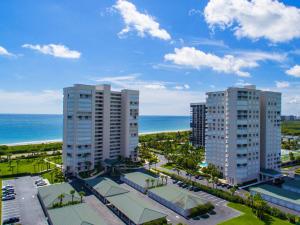 Seaward At Atlantic View Condominium - Hutchinson Island - RX-10370250