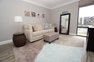 Additional photo for property listing at 2707 N Ocean Boulevard 2707 N Ocean Boulevard Boca Raton, Florida 33431 United States