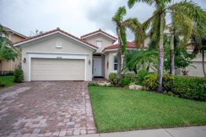 Casa Unifamiliar por un Venta en 12108 Aviles Circle 12108 Aviles Circle Palm Beach Gardens, Florida 33418 Estados Unidos