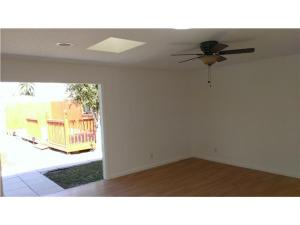 Additional photo for property listing at 1600 Venus Avenue 1600 Venus Avenue Jupiter, Florida 33458 États-Unis