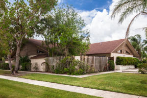 Multi-Family Home for Sale at Wellington, 13825 Yarmouth Drive 13825 Yarmouth Drive Wellington, Florida 33414 United States