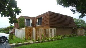 Appartement en copropriété pour l à louer à 3900 County Line Road 3900 County Line Road Tequesta, Florida 33469 États-Unis