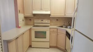 Additional photo for property listing at 215 Pine Hov Circle 215 Pine Hov Circle Greenacres, Florida 33463 United States