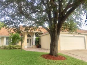 Einfamilienhaus für Mieten beim 13015 Blue Lake Drive 13015 Blue Lake Drive Wellington, Florida 33414 Vereinigte Staaten