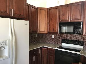 Additional photo for property listing at 6292 Shadow Tree Lane 6292 Shadow Tree Lane Lake Worth, Florida 33463 États-Unis