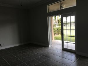 Additional photo for property listing at 6292 Shadow Tree Lane 6292 Shadow Tree Lane Lake Worth, Florida 33463 Estados Unidos
