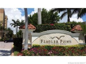 Condominio por un Alquiler en 1805 N Flagler Drive 1805 N Flagler Drive West Palm Beach, Florida 33407 Estados Unidos