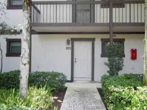 شقة بعمارة للـ Rent في 11863 Wimbledon Circle 11863 Wimbledon Circle Wellington, Florida 33414 United States