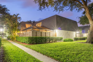 Townhouse for Rent at 613 6th Terrace 613 6th Terrace Palm Beach Gardens, Florida 33418 United States