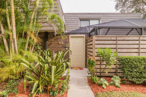 Additional photo for property listing at 613 6th Terrace 613 6th Terrace Palm Beach Gardens, Florida 33418 United States