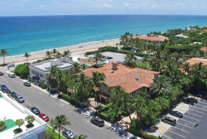 Townhouse for Sale at 118 Hammon Avenue 118 Hammon Avenue Palm Beach, Florida 33480 United States