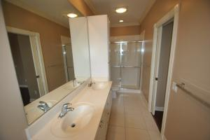Additional photo for property listing at 140 Santa Barbara Way 140 Santa Barbara Way Palm Beach Gardens, Florida 33410 United States