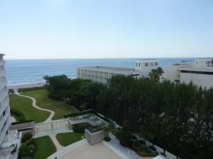 Appartement en copropriété pour l à louer à 2780 S Ocean Boulevard 2780 S Ocean Boulevard Palm Beach, Florida 33480 États-Unis