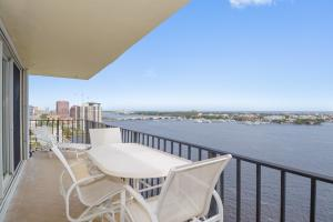 Condominium for Sale at 1701 S Flagler Drive 1701 S Flagler Drive West Palm Beach, Florida 33401 United States
