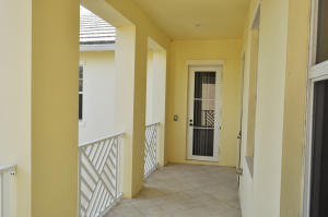 Additional photo for property listing at 108 Tulip Tree Court 108 Tulip Tree Court Jupiter, Florida 33458 États-Unis