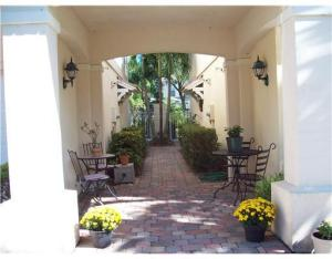 Additional photo for property listing at 110 Santa Barbara Way 110 Santa Barbara Way Palm Beach Gardens, Florida 33410 Vereinigte Staaten