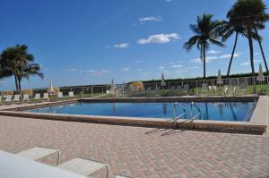 Additional photo for property listing at 500 Ocean Drive 500 Ocean Drive Juno Beach, Florida 33408 United States