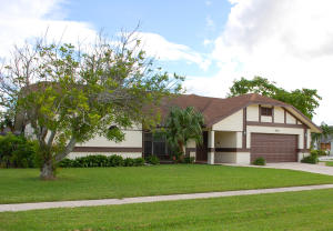 Additional photo for property listing at 836 Silverbell Lane 836 Silverbell Lane Wellington, Florida 33414 United States