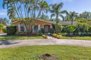 Einfamilienhaus für Verkauf beim 76 Yacht Club Place 76 Yacht Club Place Tequesta, Florida 33469 Vereinigte Staaten