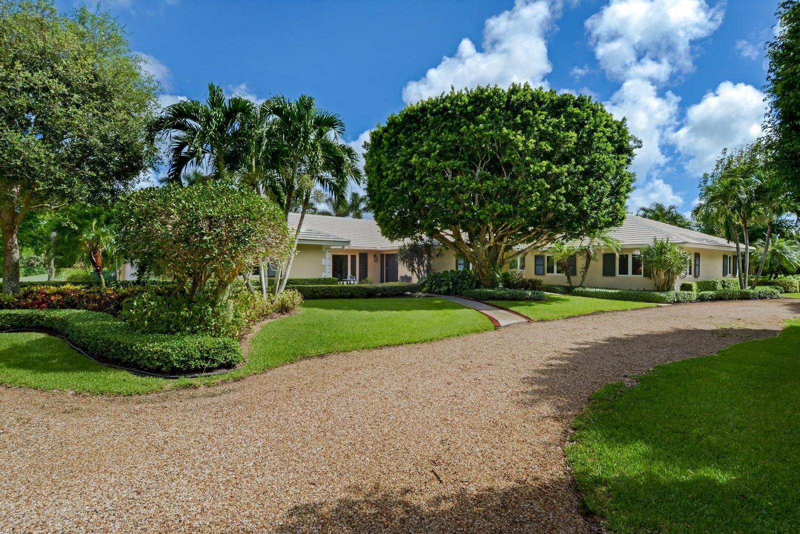 Home for sale in GOLF VILLAGE OF UNIT 1 Village of Golf Florida