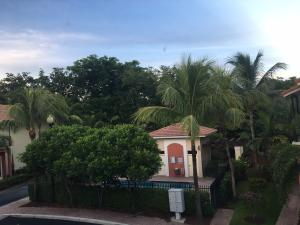 Additional photo for property listing at 1860 Highland Grove Drive 1860 Highland Grove Drive Delray Beach, Florida 33445 Vereinigte Staaten