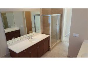 Additional photo for property listing at 1860 Highland Grove Drive 1860 Highland Grove Drive Delray Beach, Florida 33445 États-Unis