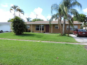Single Family Home for Rent at 3220 Bermuda Road 3220 Bermuda Road Palm Beach Gardens, Florida 33418 United States