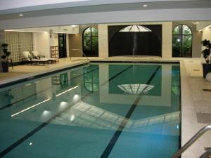 共管式独立产权公寓 为 出租 在 1000 Williams Island Boulevard 1000 Williams Island Boulevard Aventura, 佛罗里达州 33160 美国