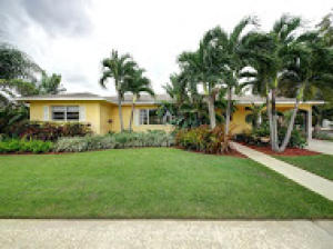 Single Family Home for Rent at 245 Dartmouth Drive 245 Dartmouth Drive Lake Worth, Florida 33460 United States