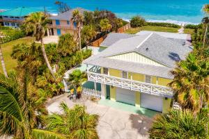 Single Family Home for Sale at 6503 S Highway A1a 6503 S Highway A1a Melbourne, Florida 32951 United States