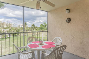 Additional photo for property listing at 275 Palm Avenue 275 Palm Avenue Jupiter, Florida 33477 Estados Unidos