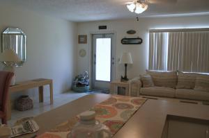 Casa Unifamiliar por un Alquiler en 10 Valencia A 10 Valencia A Delray Beach, Florida 33446 Estados Unidos