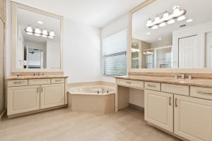 Additional photo for property listing at 8077 Ironstone Drive 8077 Ironstone Drive Delray Beach, Florida 33446 United States