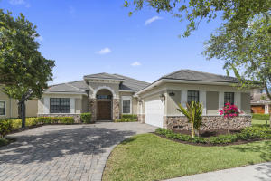 Casa Unifamiliar por un Venta en 9085 Equus Circle 9085 Equus Circle Boynton Beach, Florida 33472 Estados Unidos