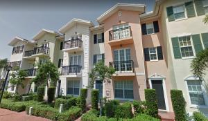 Townhouse for Rent at 1048 E Heritage Club Circle 1048 E Heritage Club Circle Delray Beach, Florida 33483 United States