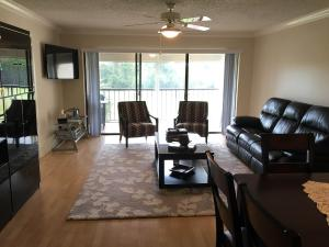 Additional photo for property listing at 4381 Trevi Court 4381 Trevi Court Lake Worth, 佛罗里达州 33467 美国
