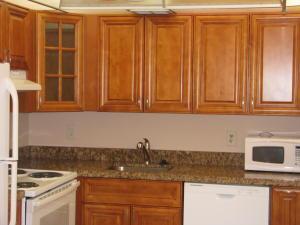 Appartement en copropriété pour l à louer à KINGS POINT, 451 Flanders J 451 Flanders J Delray Beach, Florida 33484 États-Unis