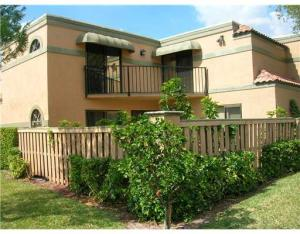 Townhouse for Rent at 8237 Thames Boulevard 8237 Thames Boulevard Boca Raton, Florida 33433 United States