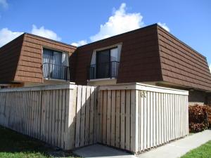 Condomínio para Locação às 3900 County Line Road 3900 County Line Road Tequesta, Florida 33469 Estados Unidos