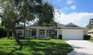 Single Family Home for Sale at 3662 SE Forecastle Court 3662 SE Forecastle Court Stuart, Florida 34997 United States
