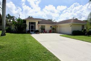 独户住宅 为 出租 在 5222 SE Harrold Terrace 5222 SE Harrold Terrace 斯图尔特, 佛罗里达州 34997 美国