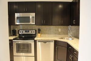 Condominium for Rent at 800 E Camino Real 800 E Camino Real Boca Raton, Florida 33432 United States