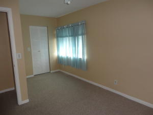 Additional photo for property listing at 111 Lake Pine Circle 111 Lake Pine Circle Greenacres, Florida 33463 Estados Unidos