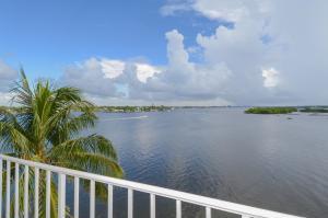 Condominium for Rent at Tower Vallencay, 2155 Ibis Isle Road 2155 Ibis Isle Road Palm Beach, Florida 33480 United States