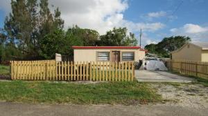 Property for sale at 1177 Highview Road, Lantana,  FL 33462