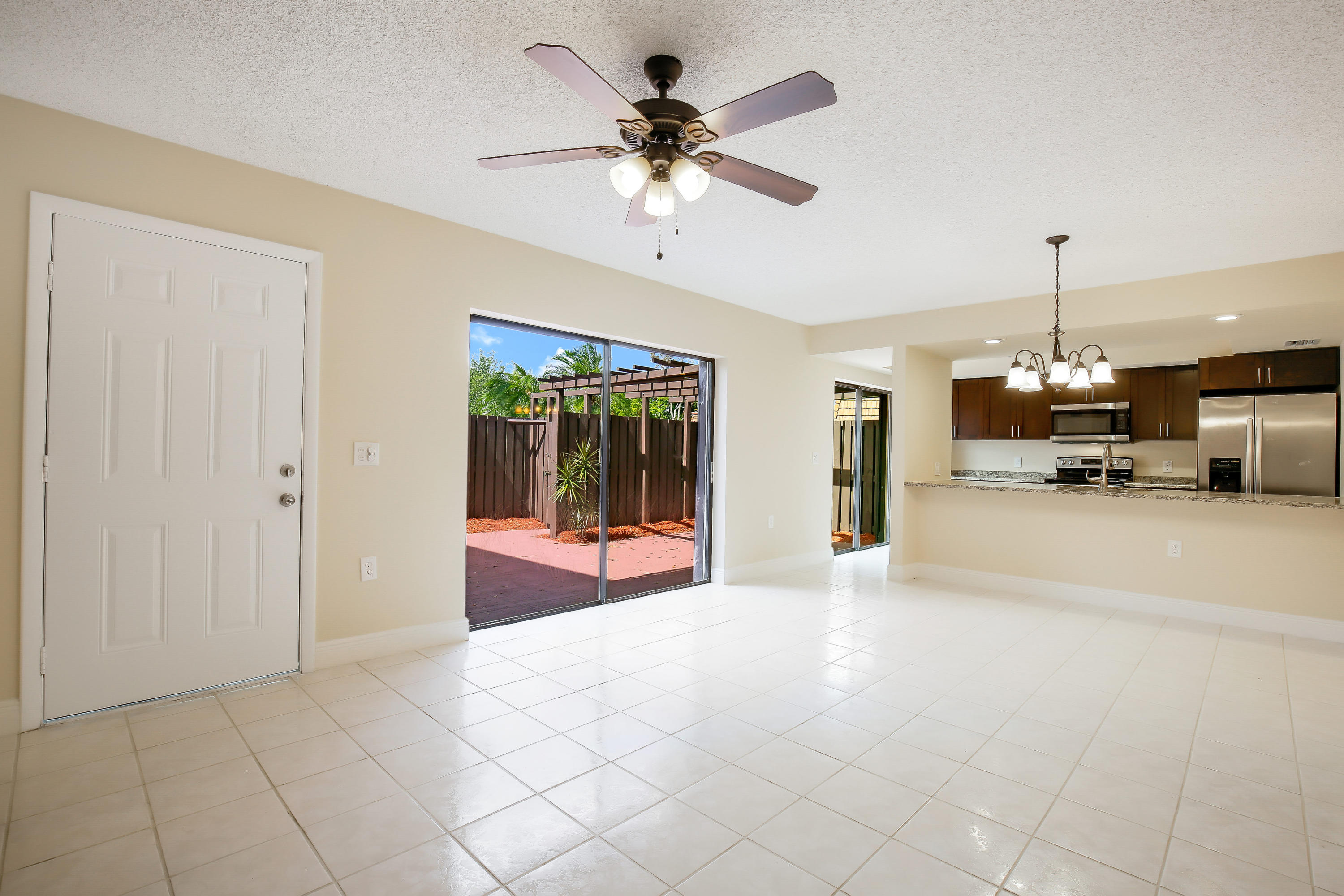 2116 21st Lane A Lake Worth, FL 33463 photo 6