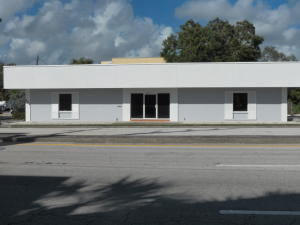 Commercial for Sale at 320 SW Federal Highway 320 SW Federal Highway Stuart, Florida 34994 United States
