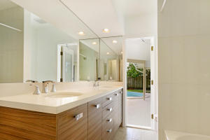 Additional photo for property listing at 106 St Cloud Lane 106 St Cloud Lane Boca Raton, Florida 33431 United States