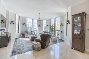 Condomínio para Venda às 701 S Olive Avenue 701 S Olive Avenue West Palm Beach, Florida 33401 Estados Unidos