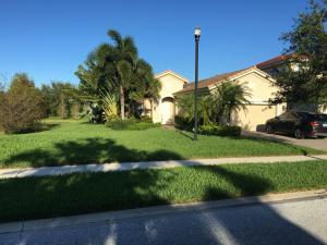 Casa Unifamiliar por un Venta en 12109 Aviles Circle 12109 Aviles Circle Palm Beach Gardens, Florida 33418 Estados Unidos